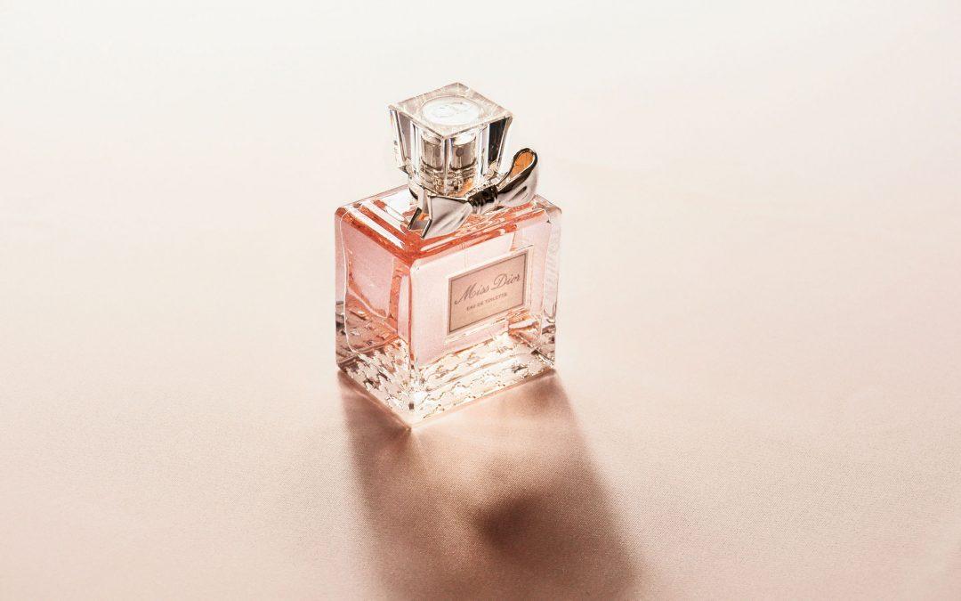 Защо парфюмът е перфектния подарък